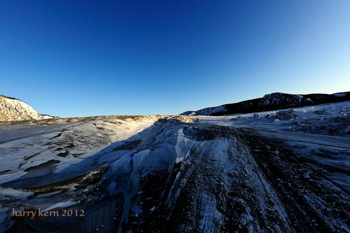 dsc7454-dirty-snow-below-slavens